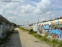 East-Side Gallery Backside